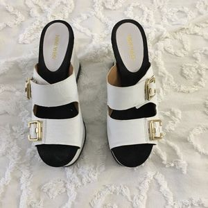 White Aldo Wedge Shoes 7.5 (7 1/2)
